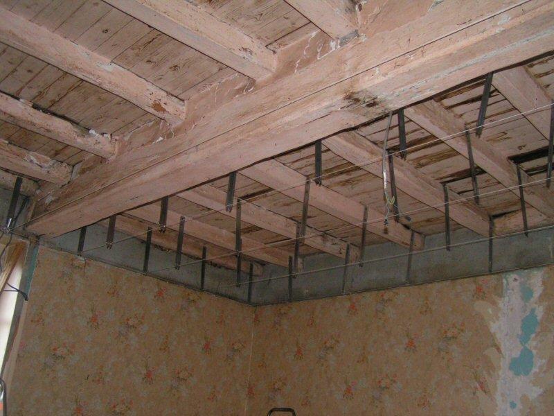 Lambertine tome 1 h chambre 30m diviser for Plafond combles placo